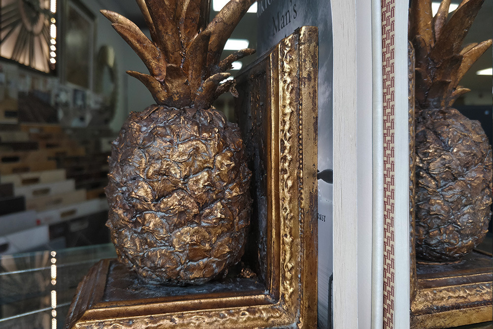 Inspired Floors accessories - Golden Pineapple Bookend